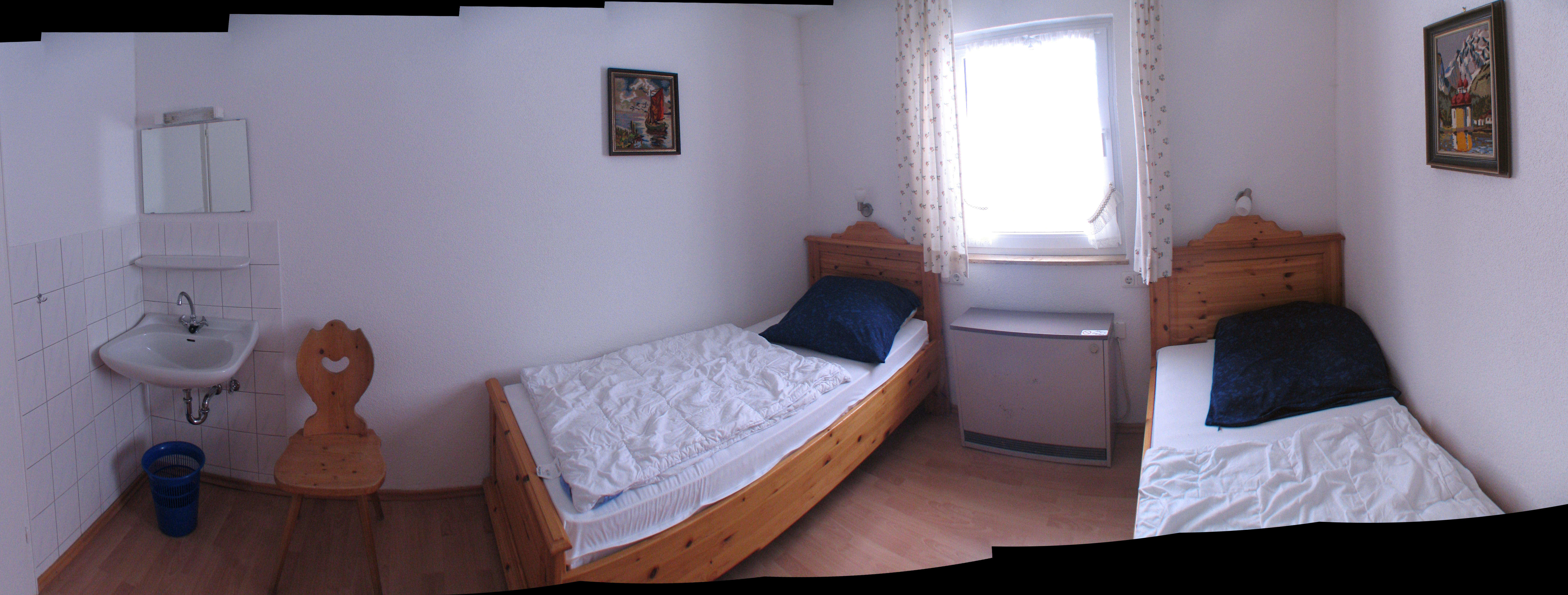 :Mittleres Zimmer