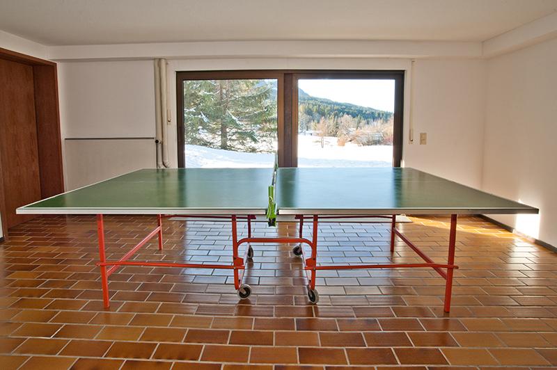 Tischtennisraum UG: