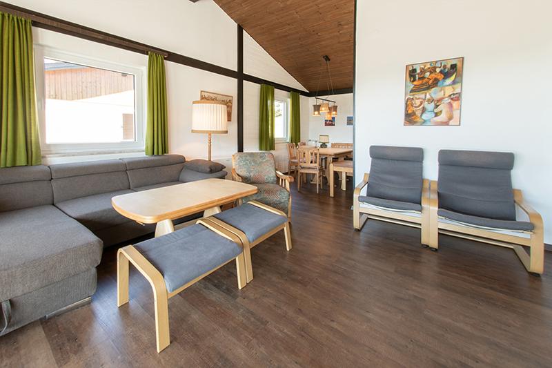 Wohnzimmer mit Essbereich: