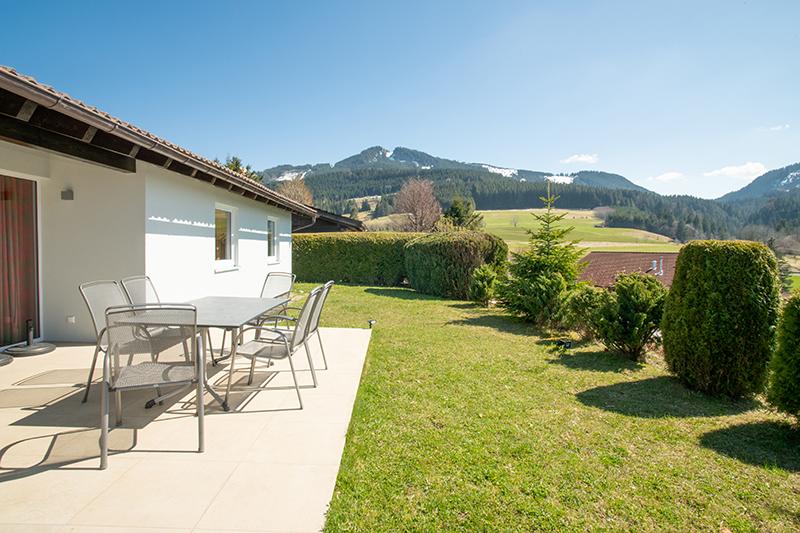 Terrasse und Garten: