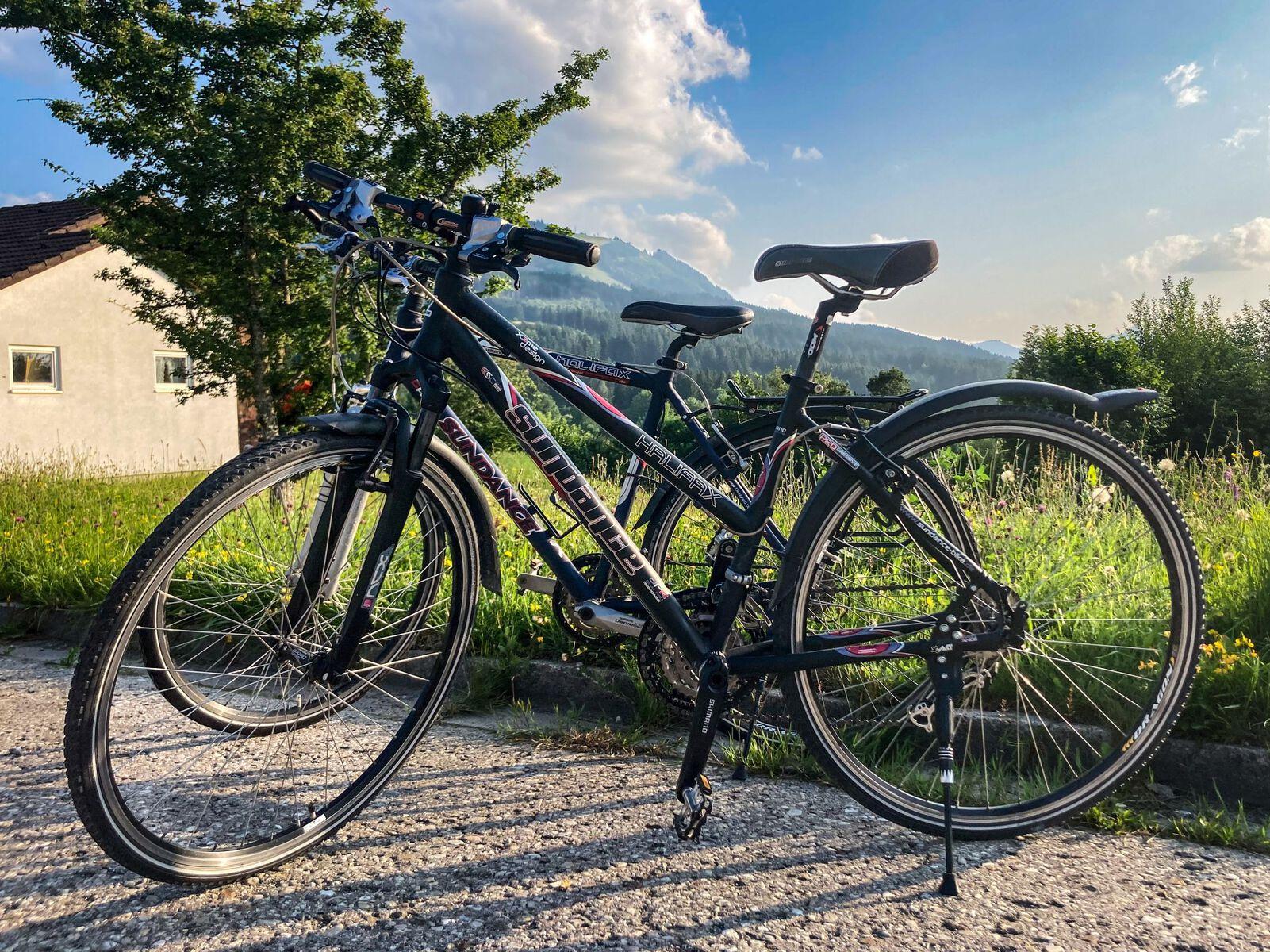Fahrräder: