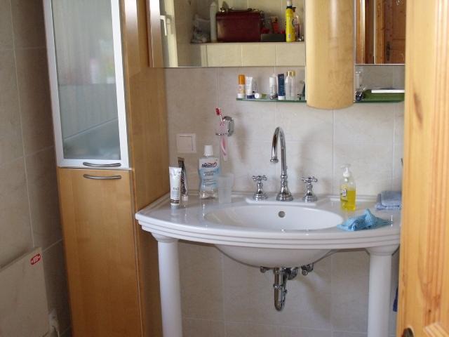 Waschbecken:Waschbecken im Bad