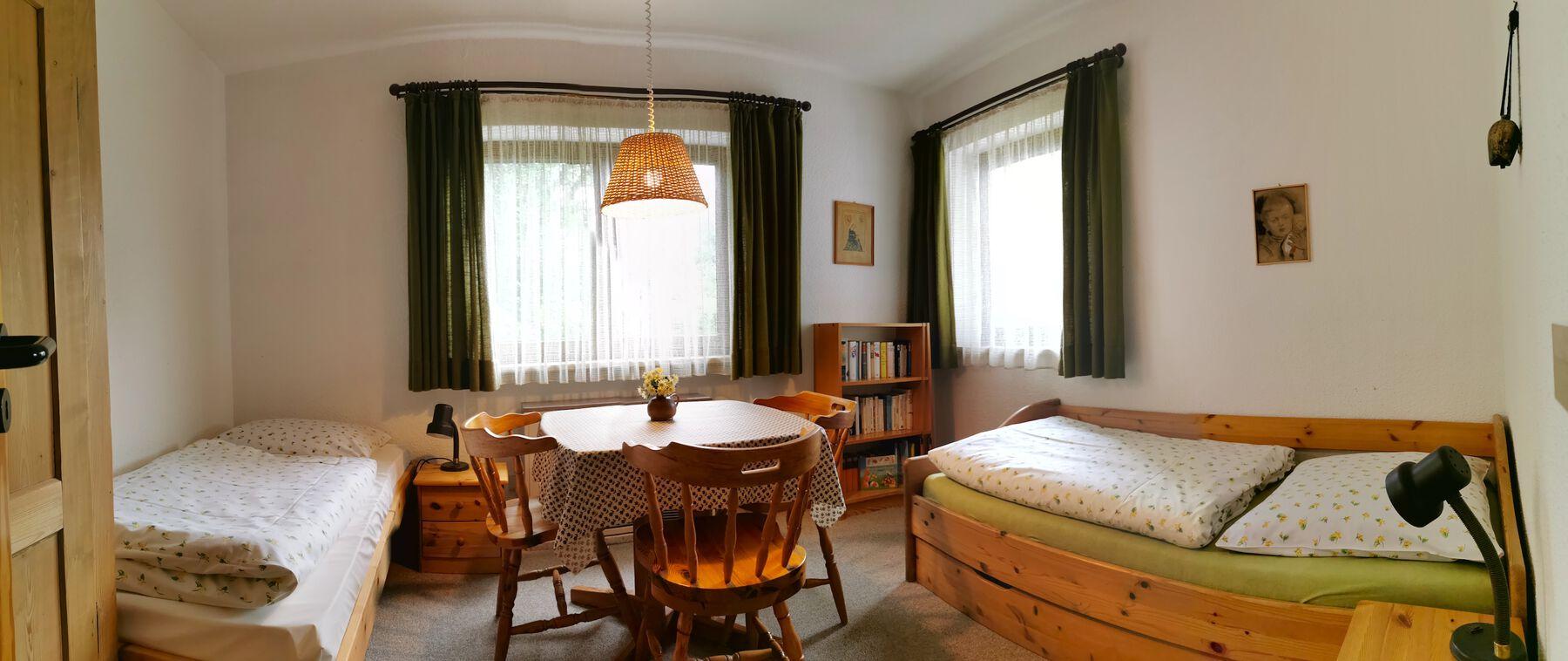 Schlafzimmer 3 EG: