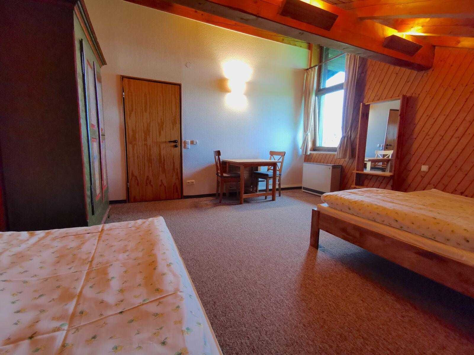 Schlafzimmer 4 OG: