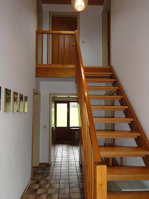 Flur mit Treppe: