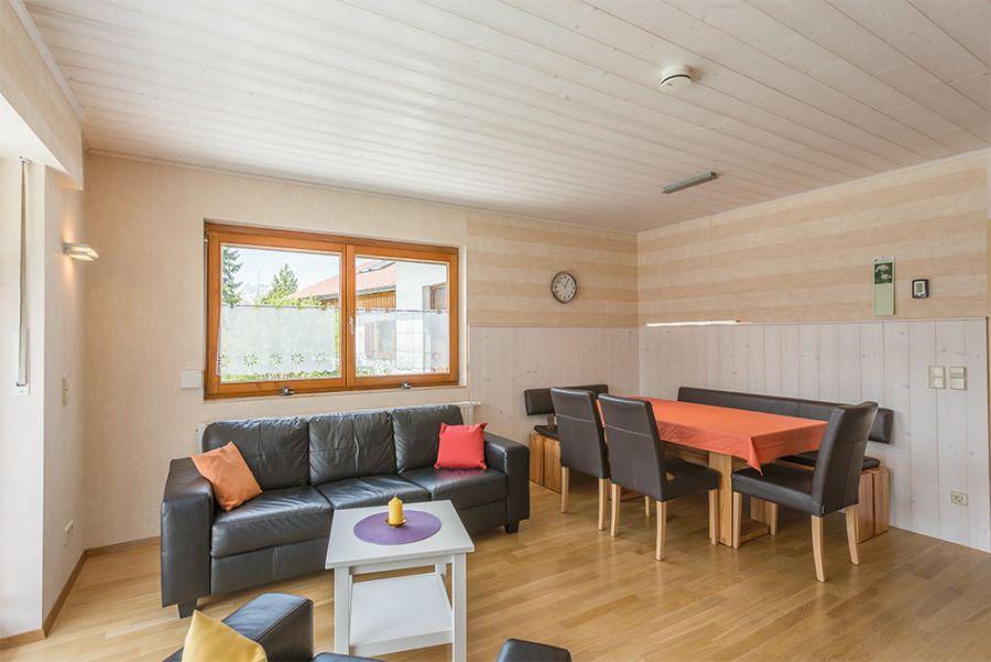 Wohn-Esszimmer:Die Essecke bietet bequem für 6 Personen Platz