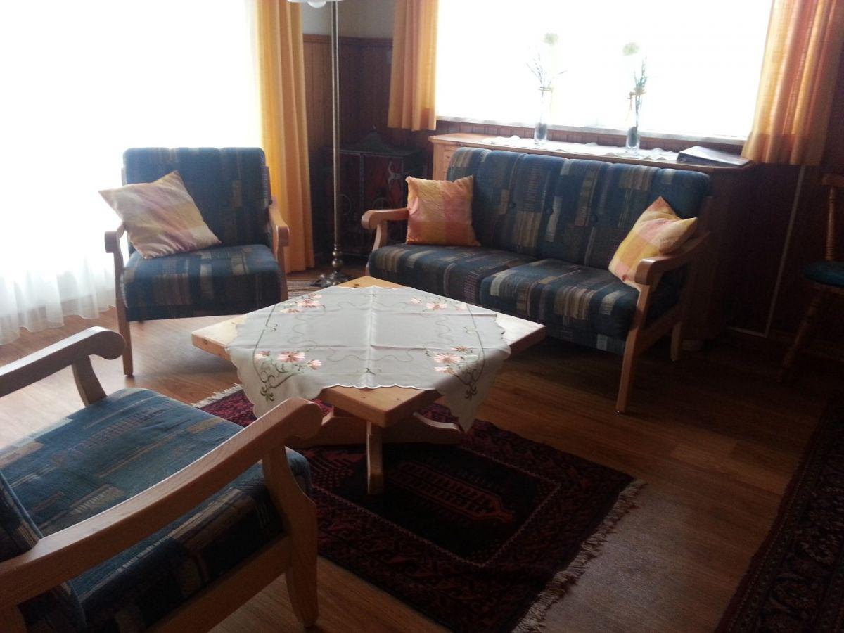 Sitzecke :mit Panoramablick auf Terrasse  u.a. Buron etc.