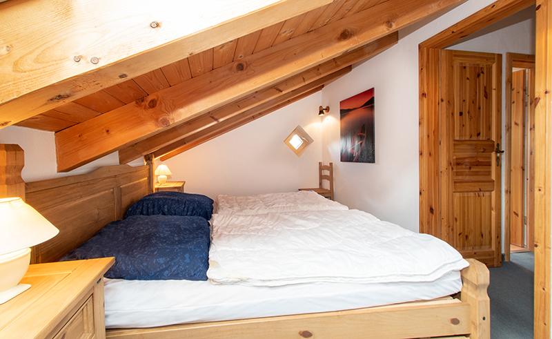 Schlafzimmer 1 DG: