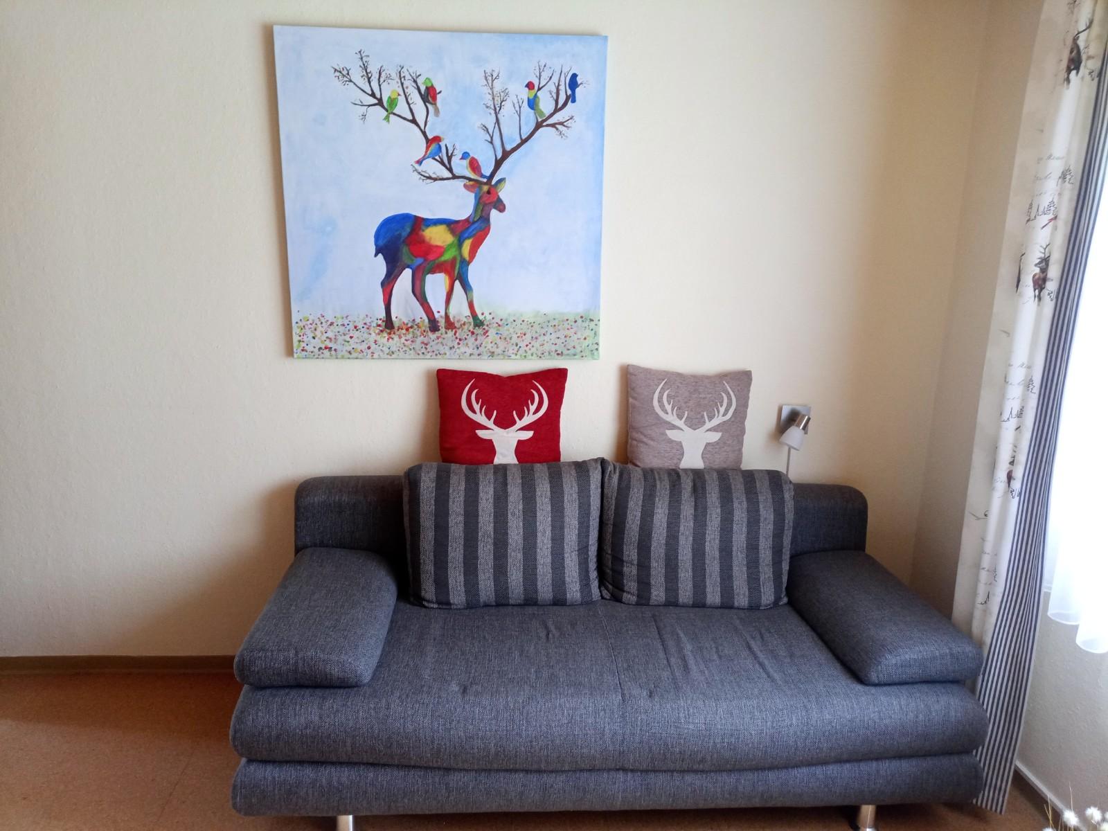 :Kinderzimmer mit Sofa/Doppelbett und Etagenbett