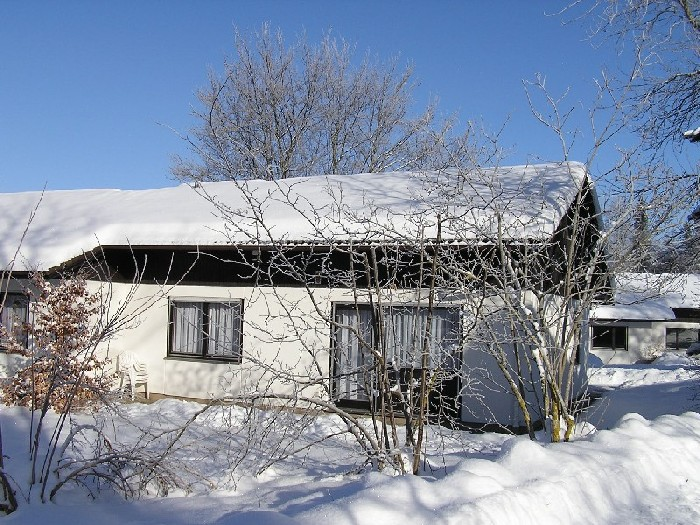 :Haus im Winter