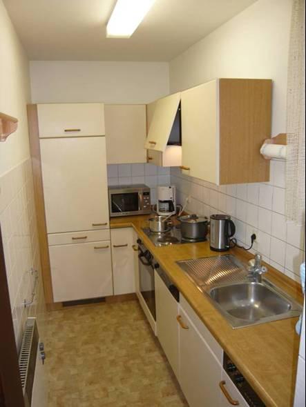 Küche:Die Ausstattung mit reichlich Geschirr und Töpfen macht auch im Urlaub Lust auf´s Kochen.