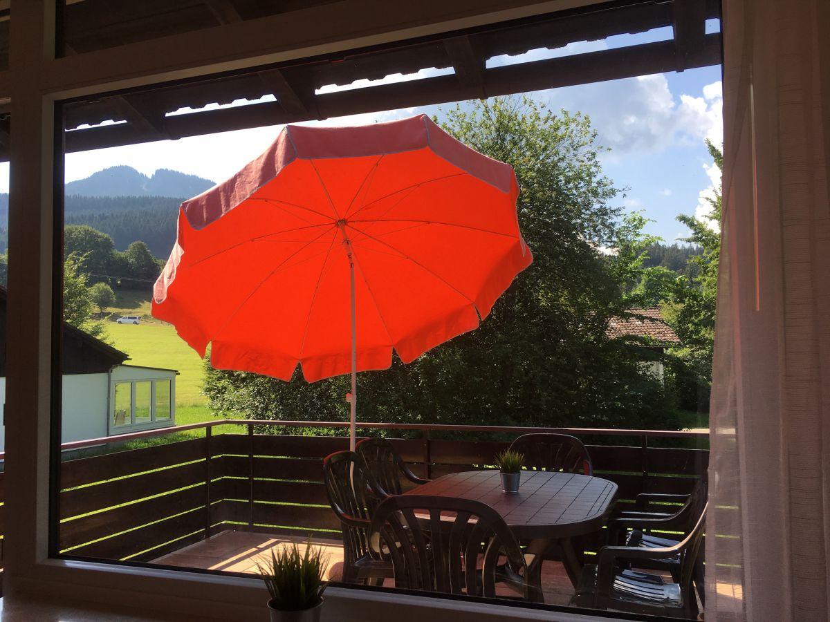 Wohnzimmer:Blick mit Alpspitze