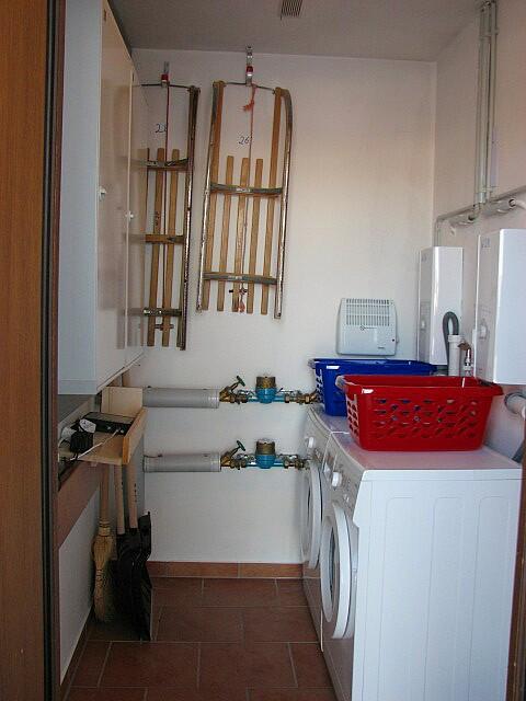 Waschmaschine:separate eigene neue Waschmaschine im Abstellraum
