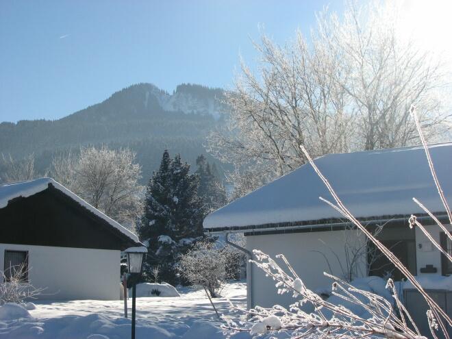 Alpspitze:Der Nesselwanger Hausberg Alpspitze von der Terrasse gesehen